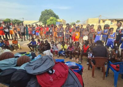distribution des kits de rentree somone keur bassin arcachon 06 - Association Somone Keur Bassin